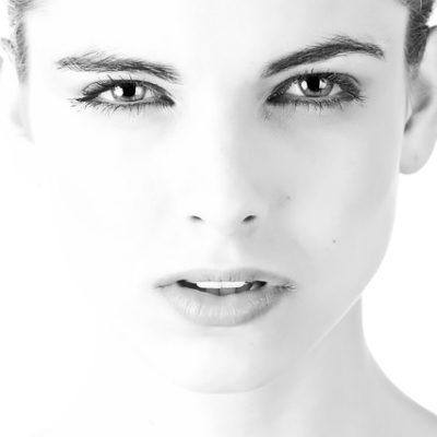 Warum die Wimpernverlängerung Pflege so wichtig ist