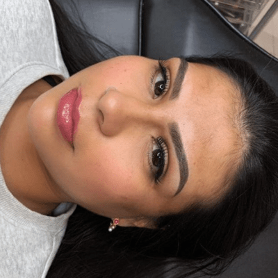 Powder Brows vor und nach der Chemotherapie